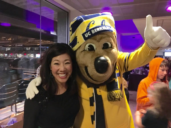 "<div class=""meta image-caption""><div class=""origin-logo origin-image none""><span>none</span></div><span class=""caption-text"">ABC7 Morning News Anchor Kristen Sze poses with UC Berkeley mascot during the Holiday Heroes event at AT&T Park in San Francisco on Monday, December 7, 2015. (Kristen Sze/KGO-TV)</span></div>"