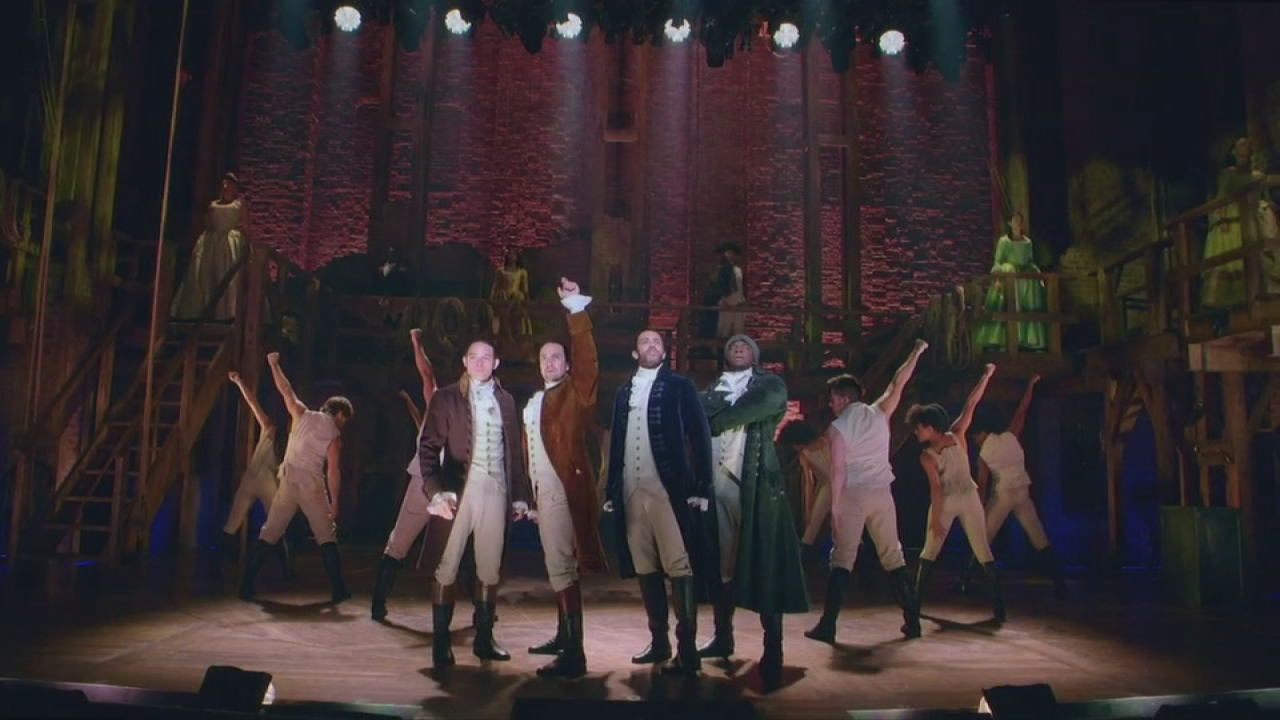 Hamilton kicks of tour in Chicago