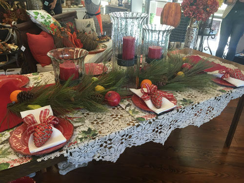<div class='meta'><div class='origin-logo' data-origin='none'></div><span class='caption-text' data-credit=''>Here are some items that will help turn your table into a perfect holiday table</span></div>