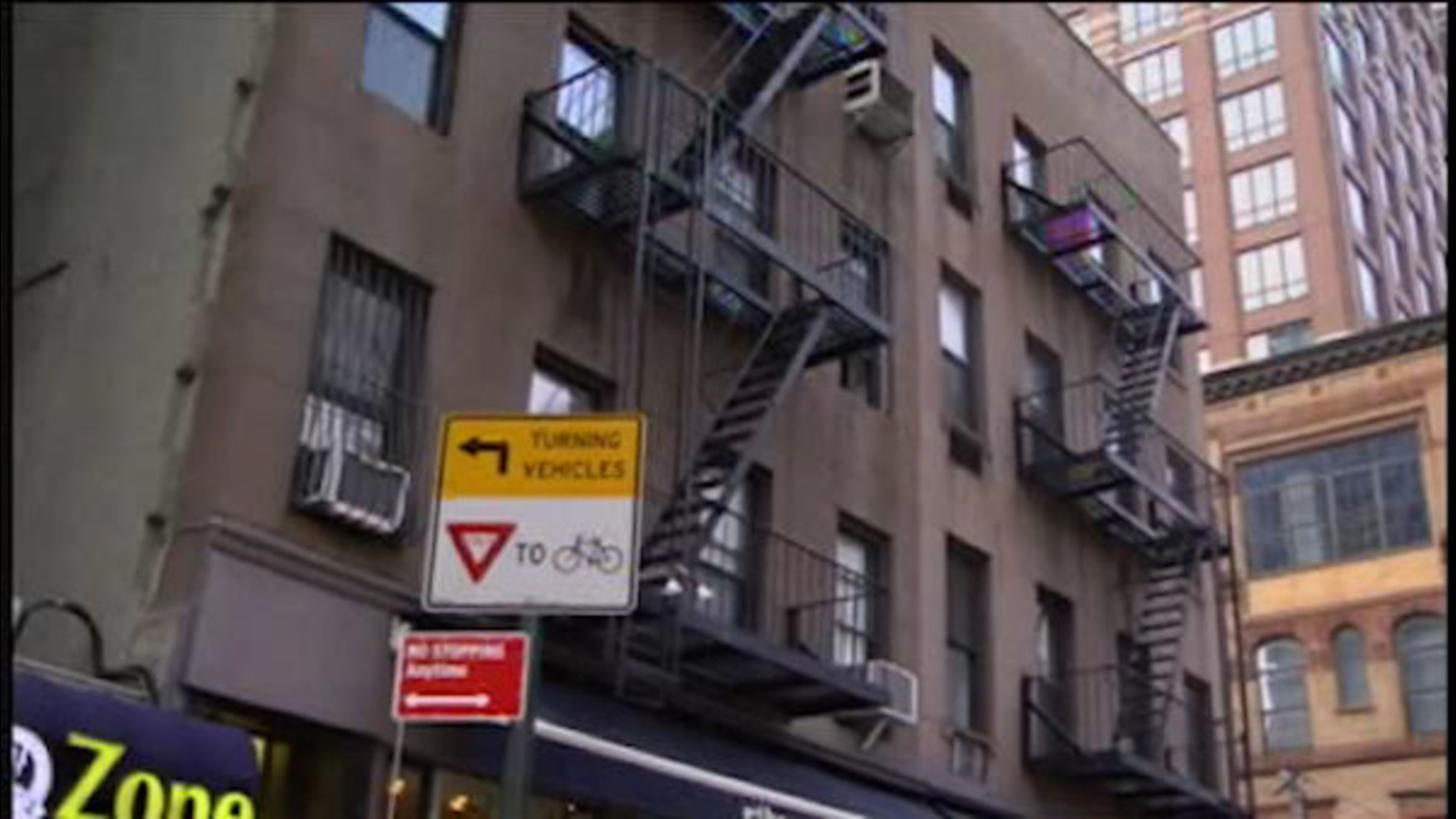 71 Year Old Woman Hurt When Jumper Lands On Her Outside East Side Building Abc7ny