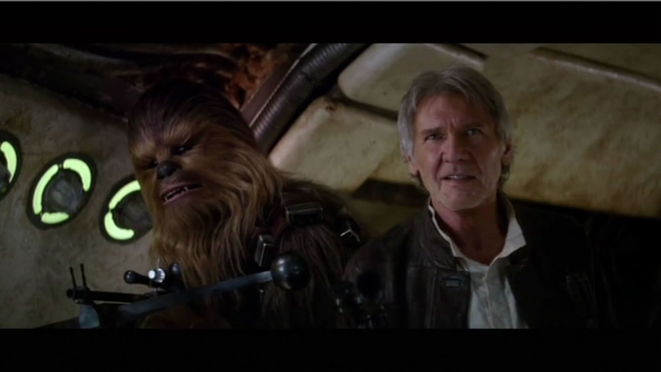 """This image is a still from """"Star Wars: The Force Awakens"""""""