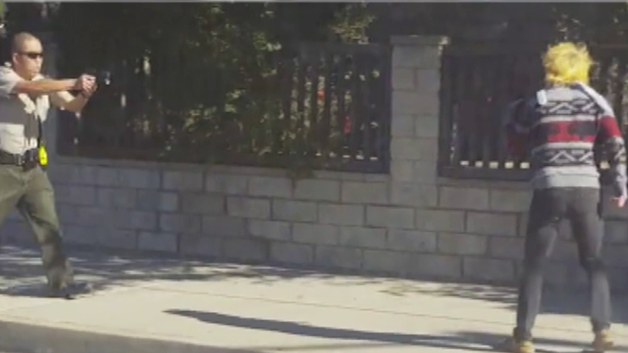 Video captures the moment a suspect appears to charge at a Ventura County Sheriff's deputy and a deputy-involved shooting occurs on Wednesday, Dec. 16, 2015.