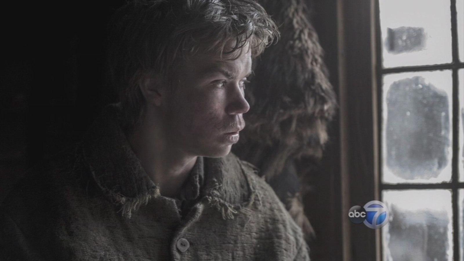 Will Poulter stars in 'The Revenant' - WLS-TV