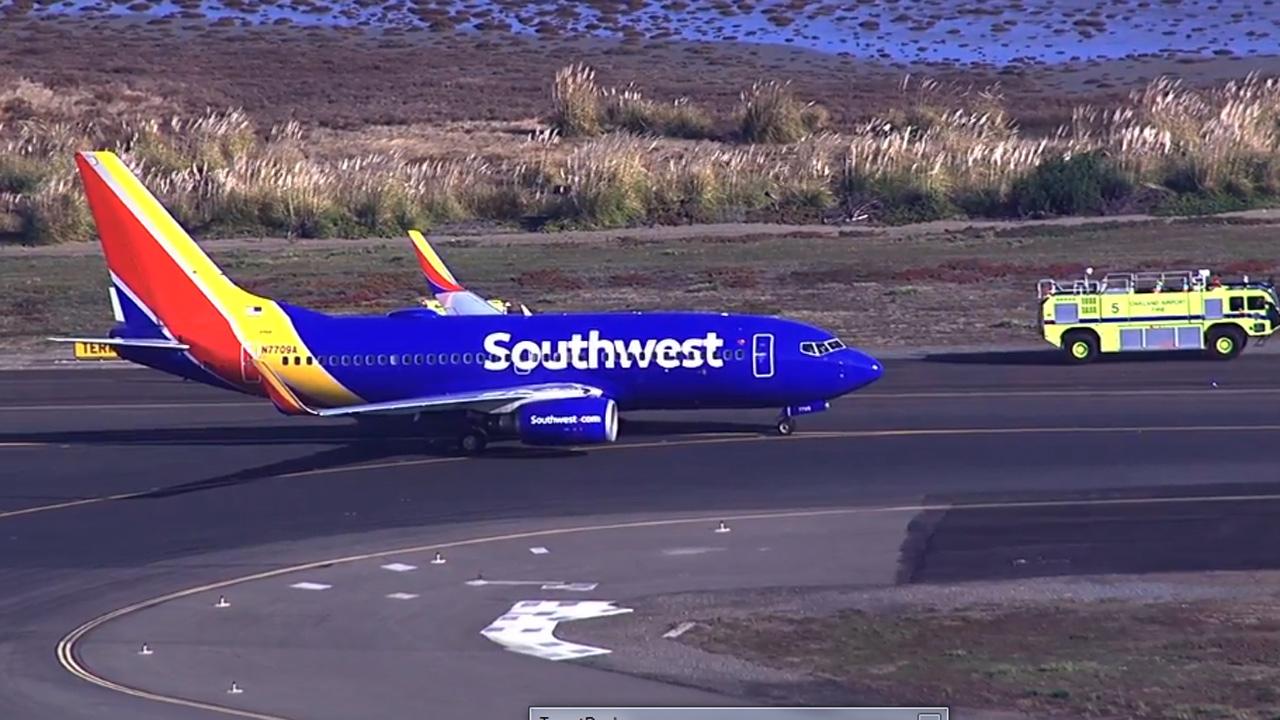 Southwest Airlines Flight 2547 made a safe emergency landing at Oakland International Airport, Wednesday, December 23, 2015.