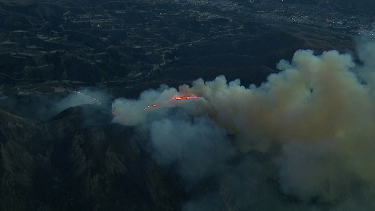 Solimar Beach Fire Map.Photos Fire Rips Through Dry Brush At Solimar Beach Abc7news Com