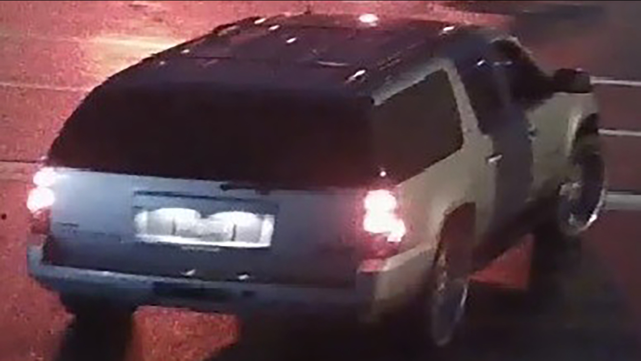A photo of a GMC Yukon of interest in a shooting on Mike Street