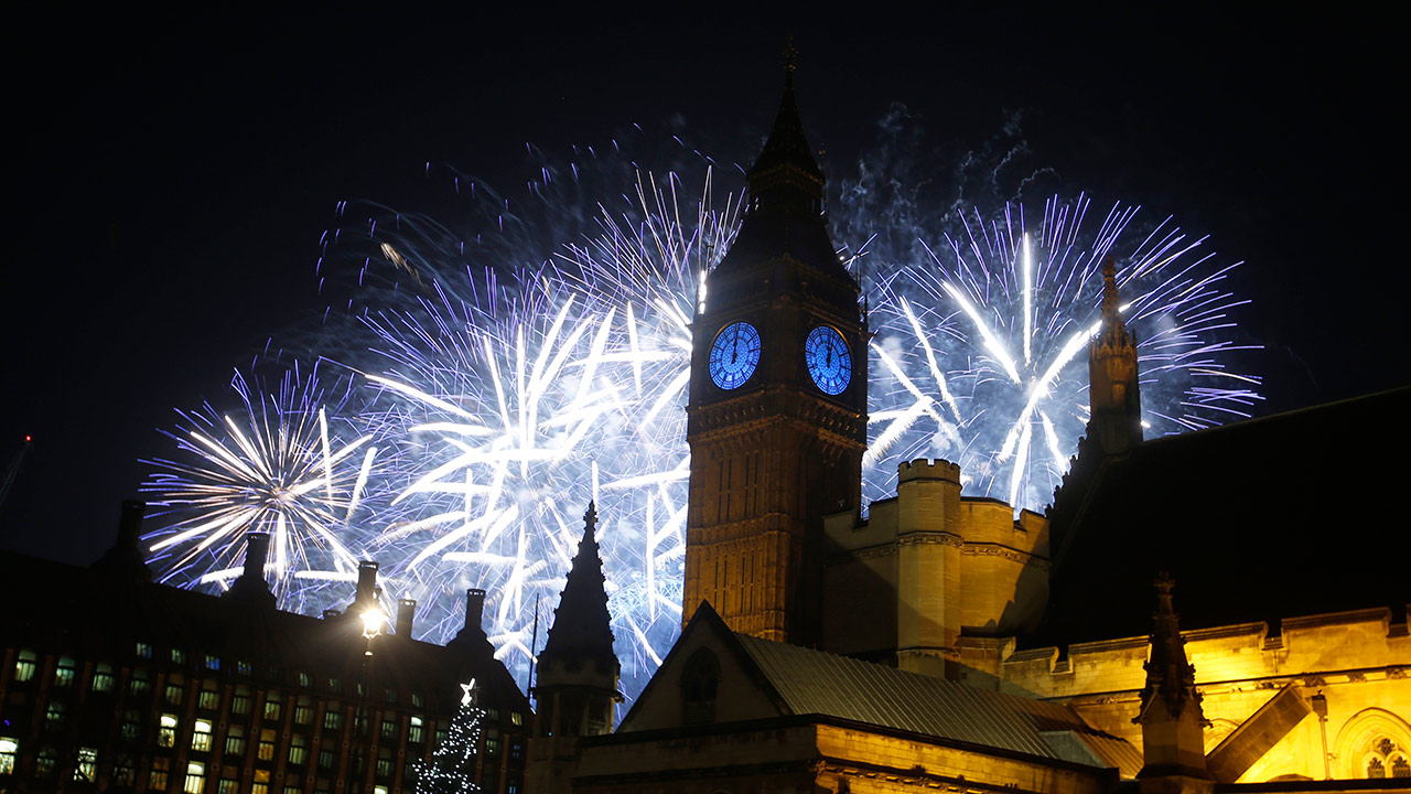 LIVE VIDEO: New Year's celebrations from around the globe