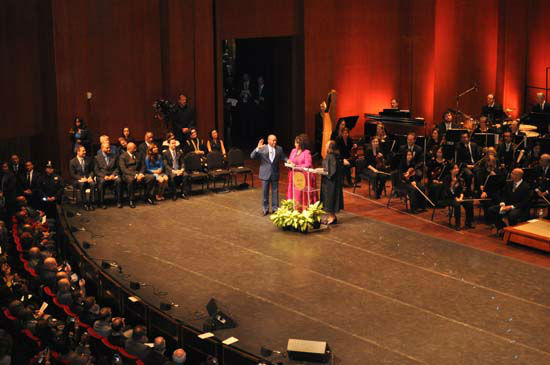 <div class='meta'><div class='origin-logo' data-origin='none'></div><span class='caption-text' data-credit='Photo/abc-13'>Photos from Mayor Turner and city leader's inauguration on January 4th 2015</span></div>