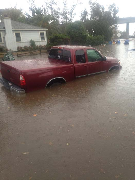 """<div class=""""meta image-caption""""><div class=""""origin-logo origin-image kabc""""><span>KABC</span></div><span class=""""caption-text"""">ABC7 viewer Justin Lubert shared this photo of a stranded car on flooded Channel Drive in Ventura on Wednesday, Jan. 6, 2016. (Twitter / Justin Lubert)</span></div>"""