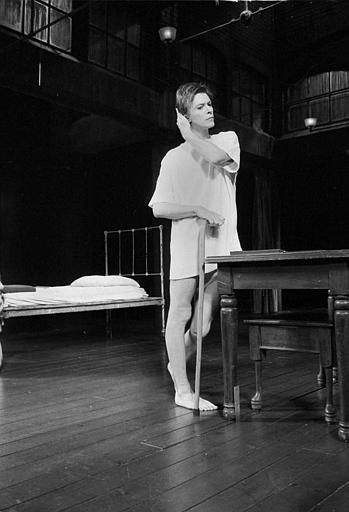 "<div class=""meta image-caption""><div class=""origin-logo origin-image none""><span>none</span></div><span class=""caption-text"">David Bowie is seen during rehearsals for the Broadway play ""The Elephant Man,"" Sept. 17, 1980, in which he plays the title role.  (AP Photo/Marty Lederhandler) (AP Photo/ MARTY LEDERHANDLER)</span></div>"
