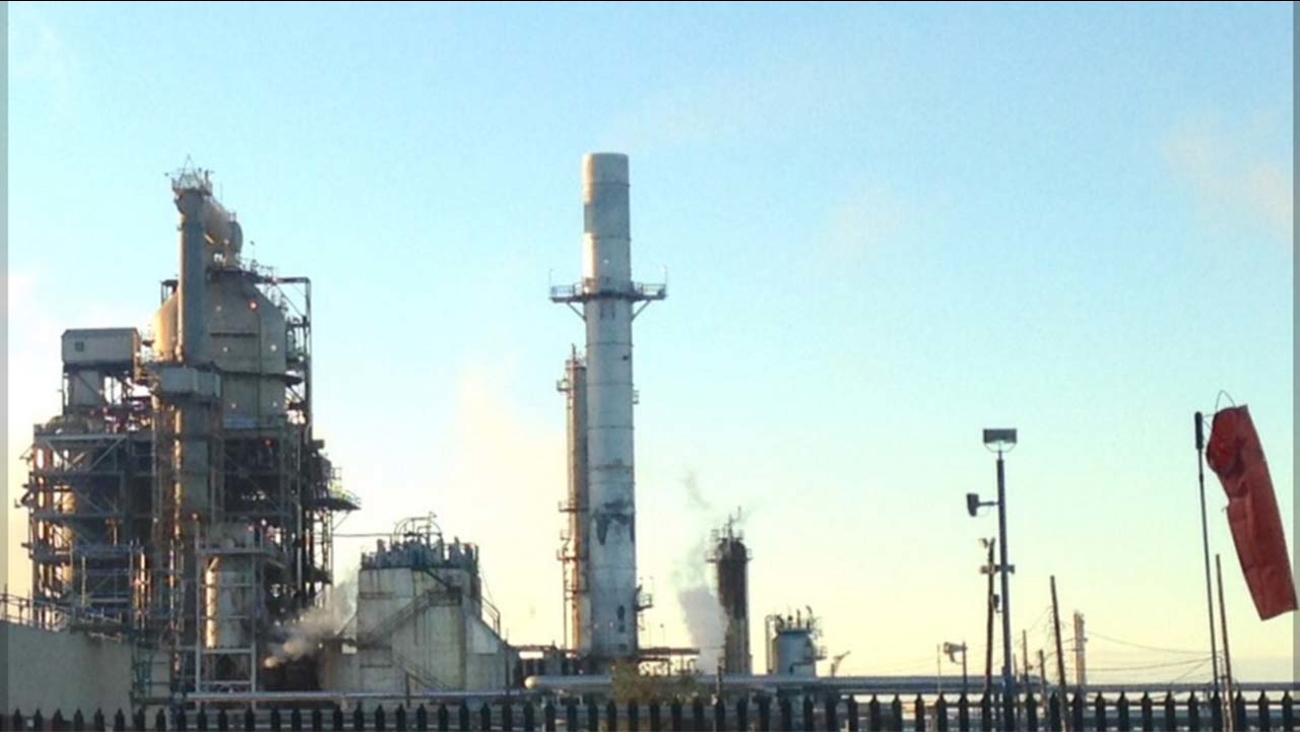 Marathon oil refinery in Galveston Bay