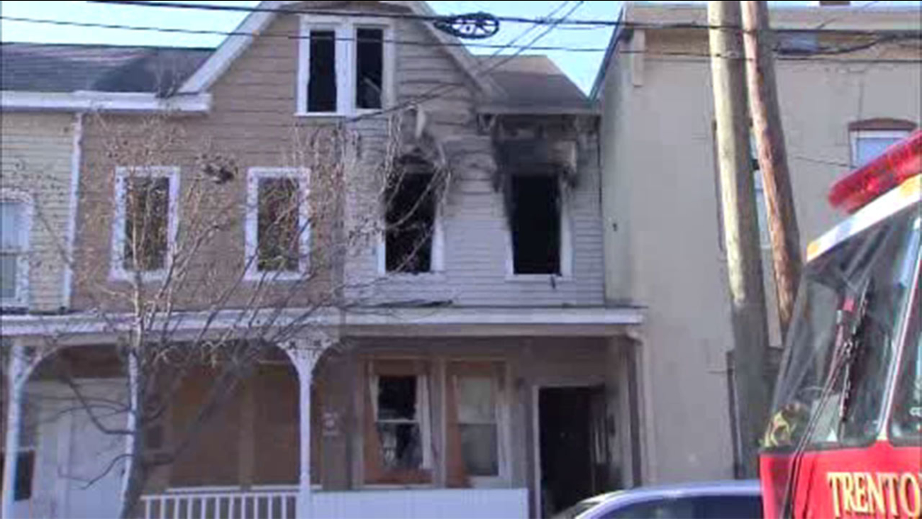 Cat found dead inside Trenton house fire
