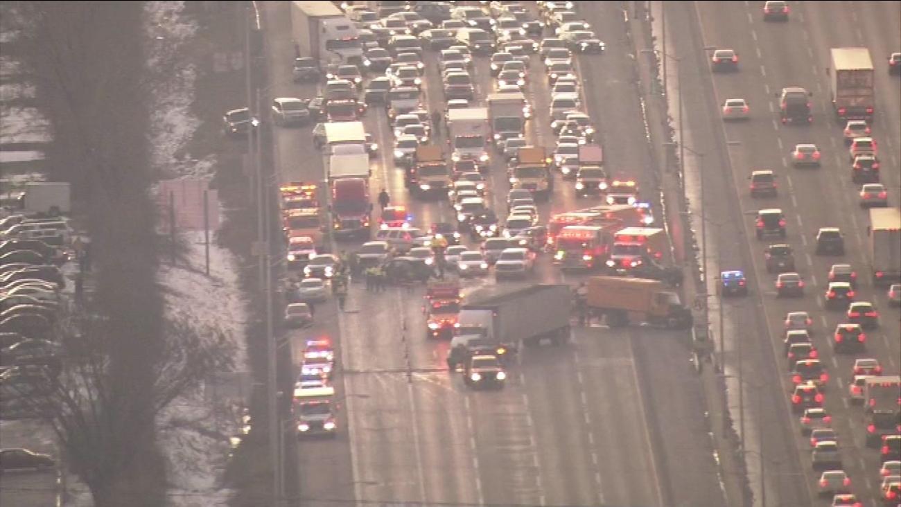 I-88 eastbound reopens after crash at Rte  53 near Lisle