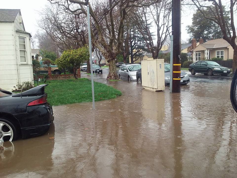 "<div class=""meta image-caption""><div class=""origin-logo origin-image none""><span>none</span></div><span class=""caption-text"">The latest storm to hit the Bay Area triggered a hectic commute and flood advisory on Tuesday, January 19, 2016. (Photo submitted to KGO-TV by Irene D./Facebook)</span></div>"
