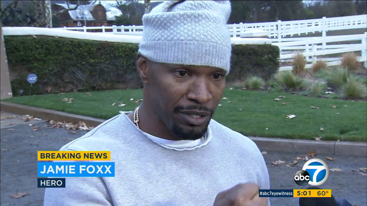 Actor Jamie Foxx describes pulling a man from a burning truck on Tuesday, Jan. 19, 2016.