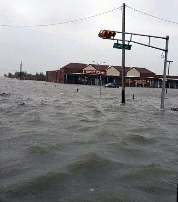 """<div class=""""meta image-caption""""><div class=""""origin-logo origin-image none""""><span>none</span></div><span class=""""caption-text"""">Pictured: Flooding in North Wildwood</span></div>"""