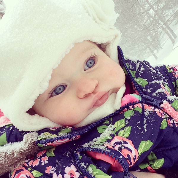"""<div class=""""meta image-caption""""><div class=""""origin-logo origin-image none""""><span>none</span></div><span class=""""caption-text"""">This little one is all bundled up for some fun in the snow. (Mandy Gardner)</span></div>"""