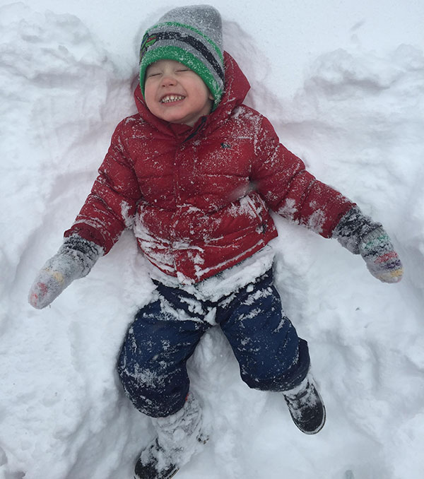 """<div class=""""meta image-caption""""><div class=""""origin-logo origin-image none""""><span>none</span></div><span class=""""caption-text"""">Talk about a good time in the snow! (Lauren Tinelly)</span></div>"""