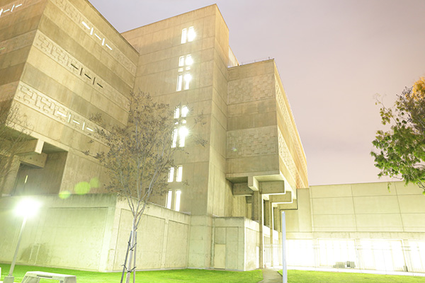 "<div class=""meta image-caption""><div class=""origin-logo origin-image kabc""><span>KABC</span></div><span class=""caption-text"">A photo of the exterior of the Orange County Central Men's Jail, which was built in 1968 and currently houses over 900 male inmates. (Orange County Sheriff's Department)</span></div>"