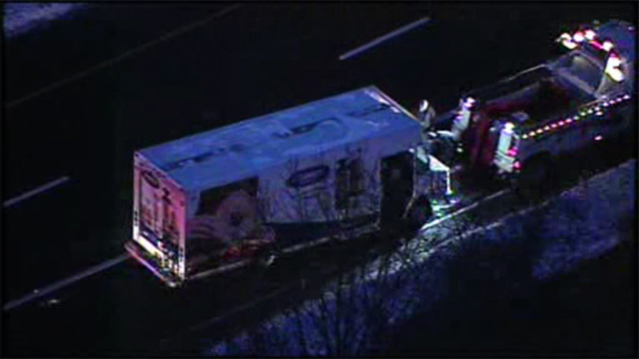 Icy conditions lead to crash on I-476 in Broomall
