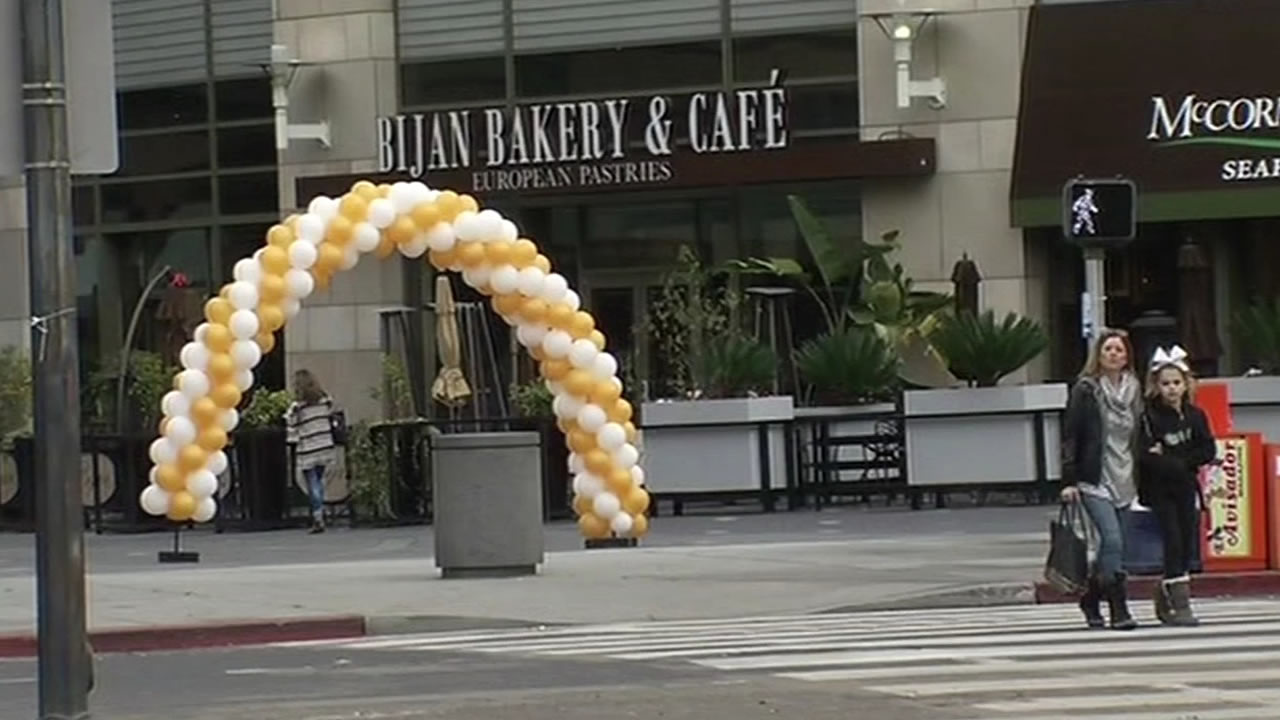 """<div class=""""meta image-caption""""><div class=""""origin-logo origin-image none""""><span>none</span></div><span class=""""caption-text"""">Super Bowl 50 has the Bay Area buzzing!  Preparations are underway all around San Francisco on Tuesday, Jan. 26, 2016. (KGO-TV)</span></div>"""