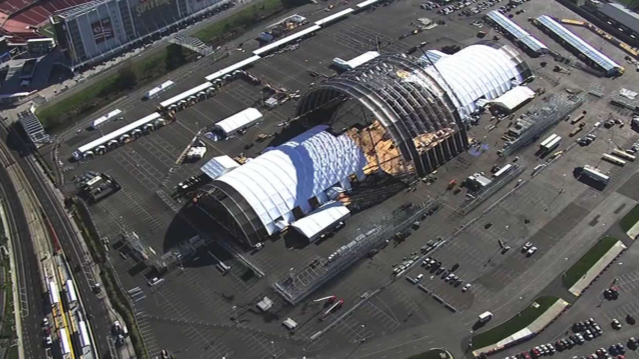 "<div class=""meta image-caption""><div class=""origin-logo origin-image none""><span>none</span></div><span class=""caption-text"">The Bay Area is buzzing as Super Bowl 50 construction is underway at Santa Clara on Tuesday, Jan. 26, 2016. (KGO-TV)</span></div>"
