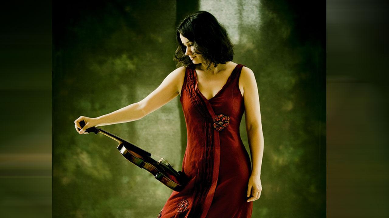 Guest violinist Patricia Kopatchinskaja