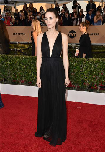 "<div class=""meta image-caption""><div class=""origin-logo origin-image none""><span>none</span></div><span class=""caption-text"">Rooney Mara arrives at the 22nd annual Screen Actors Guild Awards.  (Photo by Jordan Strauss/Invision/AP) (Photo/Jordan Strauss)</span></div>"