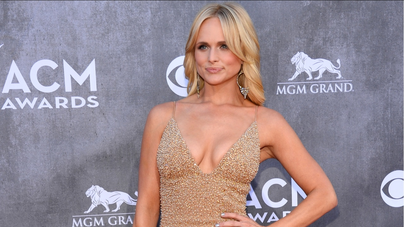 Miranda Lambert arrives at the 49th annual Academy of Country Music Awards at the MGM Grand Garden Arena on Sunday, April 6, 2014, in Las Vegas.