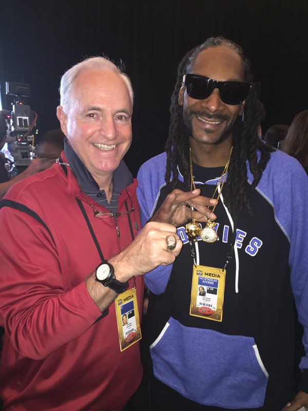 "<div class=""meta image-caption""><div class=""origin-logo origin-image none""><span>none</span></div><span class=""caption-text"">ABC7 News sports reporter Mike Shumann hangs out with Snoop Dogg in Santa Clara, Calif. on Thursday, February 4, 2016. (KGO-TV)</span></div>"