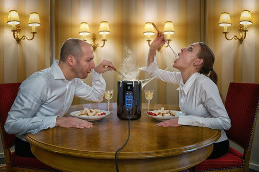 "<div class=""meta image-caption""><div class=""origin-logo origin-image wpvi""><span>WPVI</span></div><span class=""caption-text"">""Celebrating the New Mac Pro with Apple Fondue""  (Credit: John Wilhelm)</span></div>"