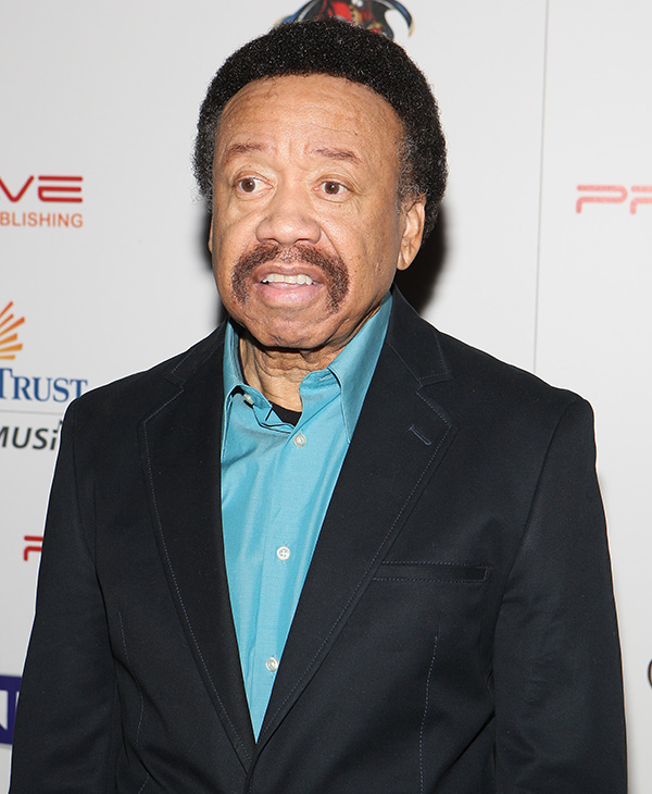 "<div class=""meta image-caption""><div class=""origin-logo origin-image ap""><span>AP</span></div><span class=""caption-text"">Maurice White, co-founder of Earth, Wind and Fire, died Feb. 4, 2016. He was 74. (Shea Walsh / AP Images for Captain Morgan)</span></div>"