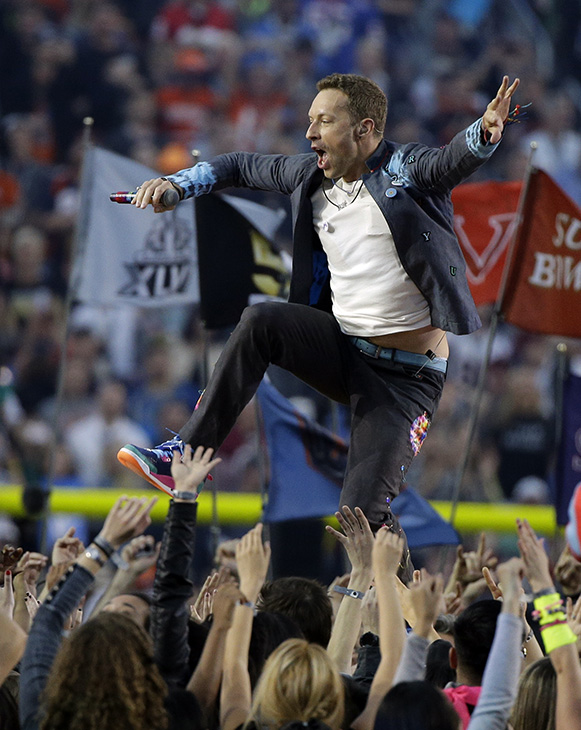 "<div class=""meta image-caption""><div class=""origin-logo origin-image ap""><span>AP</span></div><span class=""caption-text"">Coldplay singer Chris Martin performs during halftime of the NFL Super Bowl 50 football game Sunday, Feb. 7, 2016, in Santa Clara, Calif. (AP Photo/Julie Jacobson)</span></div>"