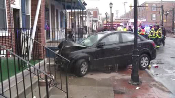 3 hospitalized after car slams into Wilmington home