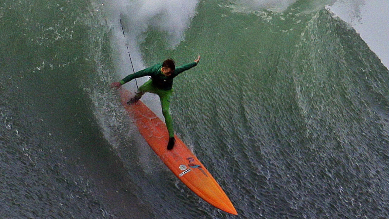 3a3c08396fdb51 A 1st at Mavericks in Half Moon Bay  Women will compete in legendary surf  contest