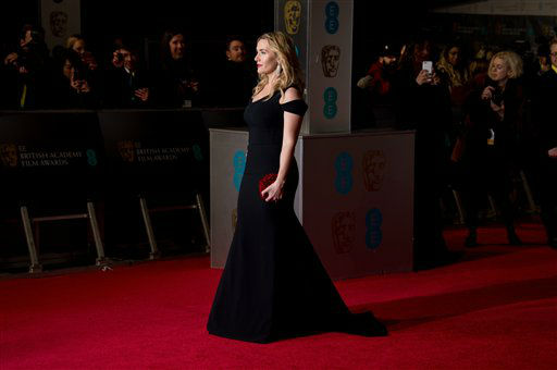 "<div class=""meta image-caption""><div class=""origin-logo origin-image none""><span>none</span></div><span class=""caption-text"">Kate Winslet poses for photographers upon arrival. (Photo by Jonathan Short/Invision)</span></div>"