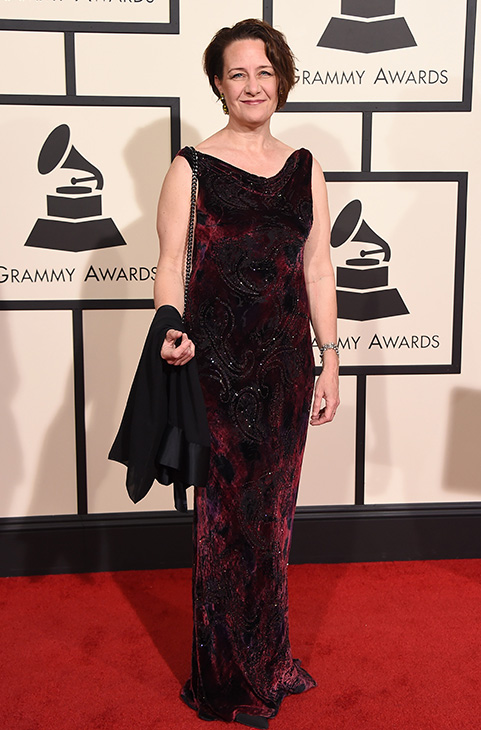 "<div class=""meta image-caption""><div class=""origin-logo origin-image ap""><span>AP</span></div><span class=""caption-text"">Julia Bentley arrives at the 58th annual GRAMMY Awards at the Staples Center on Monday, Feb. 15, 2016, in Los Angeles. (Jordan Strauss/Invision/AP)</span></div>"