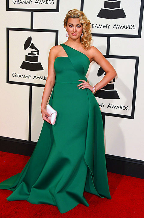 "<div class=""meta image-caption""><div class=""origin-logo origin-image none""><span>none</span></div><span class=""caption-text"">Tori Kelly arrives at the 58th annual Grammy Awards at the Staples Center on Monday, Feb. 15, 2016, in Los Angeles. (Jordan Strauss/Invision/AP)</span></div>"