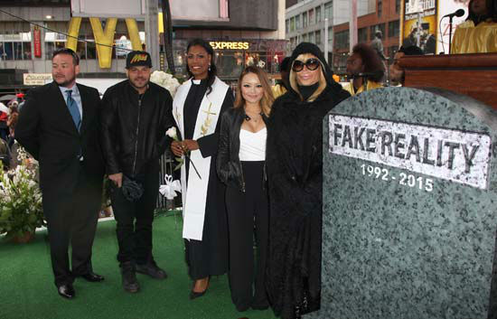 "<div class=""meta image-caption""><div class=""origin-logo origin-image none""><span>none</span></div><span class=""caption-text"">Jon Gosselin, from left, Ronnie Ortiz-Magro, Omarosa Manigault, Tila Tequila, and Angela Raiola attend an event in New York (Donald Traill/Invision/AP)</span></div>"