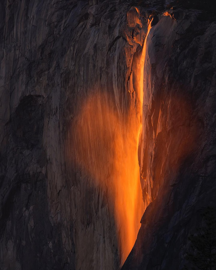 "<div class=""meta image-caption""><div class=""origin-logo origin-image none""><span>none</span></div><span class=""caption-text"">This image taken in February 2016 shows the waterfall at Horsetail Falls in Yosemite National Park illuminated by the sunset. (Photo submitted to KGO-TV by @naminou/Instagram)</span></div>"