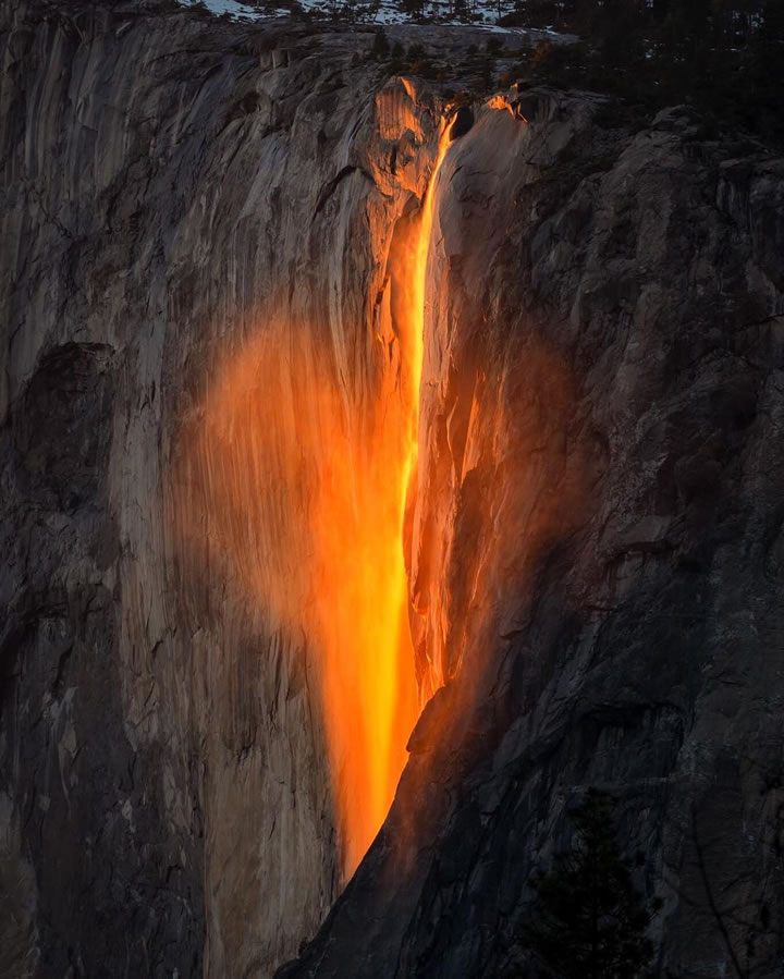 "<div class=""meta image-caption""><div class=""origin-logo origin-image none""><span>none</span></div><span class=""caption-text"">This image taken in February 2016 shows the waterfall at Horsetail Falls in Yosemite National Park illuminated by the sunset. (Photo submitted to KGO-TV by @rayophotography13/Instagram)</span></div>"