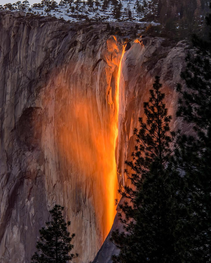 "<div class=""meta image-caption""><div class=""origin-logo origin-image none""><span>none</span></div><span class=""caption-text"">This image taken in February 2016 shows the waterfall at Horsetail Falls in Yosemite National Park illuminated by the sunset. (Photo submitted to KGO-TV by @jeffreyplui/Instagram)</span></div>"