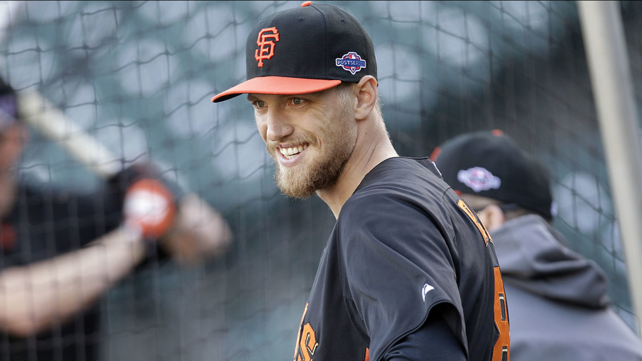 San Francisco Giants' Hunter Pence smiles during a voluntary workout in preparation for Game 6 of the NLCS the Cardinals, Oct. 20, 2012 in San Francisco. (AP Photo/Ben Margot)