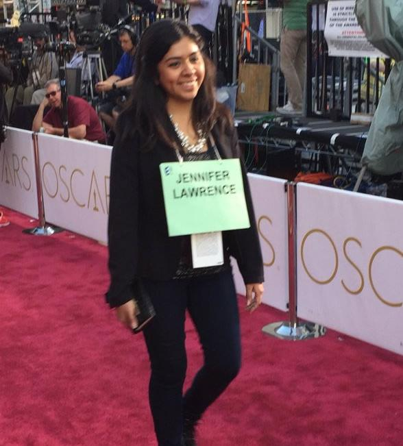 """<div class=""""meta image-caption""""><div class=""""origin-logo origin-image none""""><span>none</span></div><span class=""""caption-text"""">Workers walk the red carpet as stand-ins for celebrities in preparation for The Oscars, Feb. 27, 2016 in Los Angeles. (KGO-TV/ Matt Keller)</span></div>"""