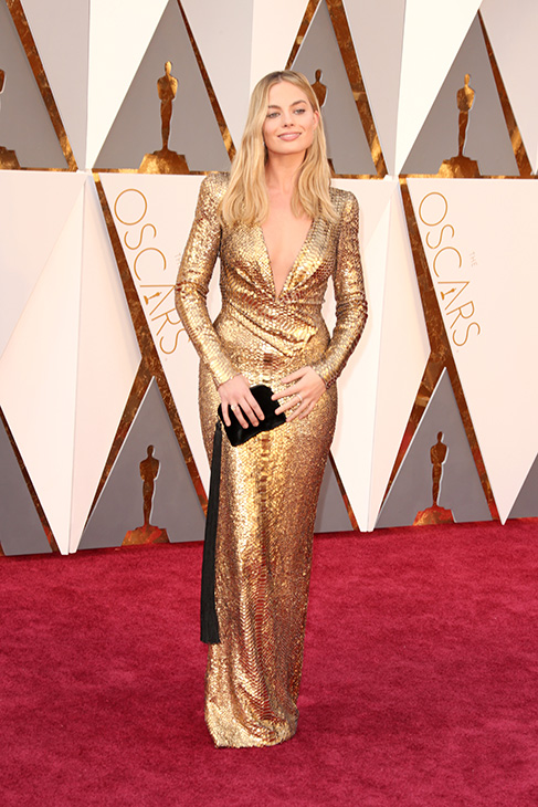 "<div class=""meta image-caption""><div class=""origin-logo origin-image none""><span>none</span></div><span class=""caption-text"">Actress Margot Robbie attends the 88th Annual Academy Awards at Hollywood & Highland Center on February 28, 2016 in Hollywood, California. (Todd Williamson/Getty Images)</span></div>"