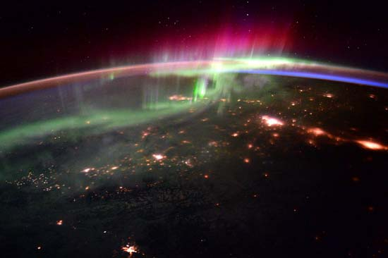 <div class='meta'><div class='origin-logo' data-origin='none'></div><span class='caption-text' data-credit='@StationCDRKelly/ NASA'>Aurora Borealis was an impressive show from 250 miles up</span></div>