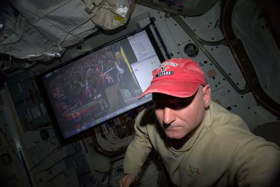 <div class='meta'><div class='origin-logo' data-origin='none'></div><span class='caption-text' data-credit=''>Kelly watches the Houston Texans play on the Space Station</span></div>