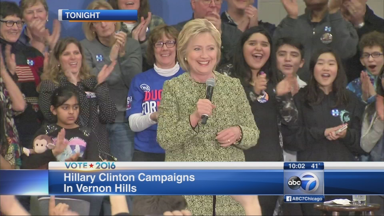 Hillary Clinton campaigns in Vernon Hills