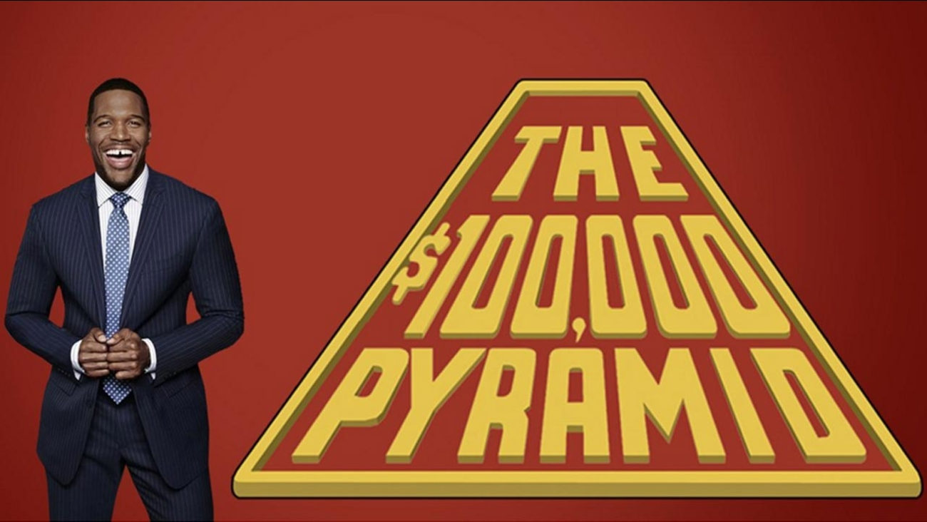 Michael Strahan is the host of ABC's new '$100,000 Pyramid.'
