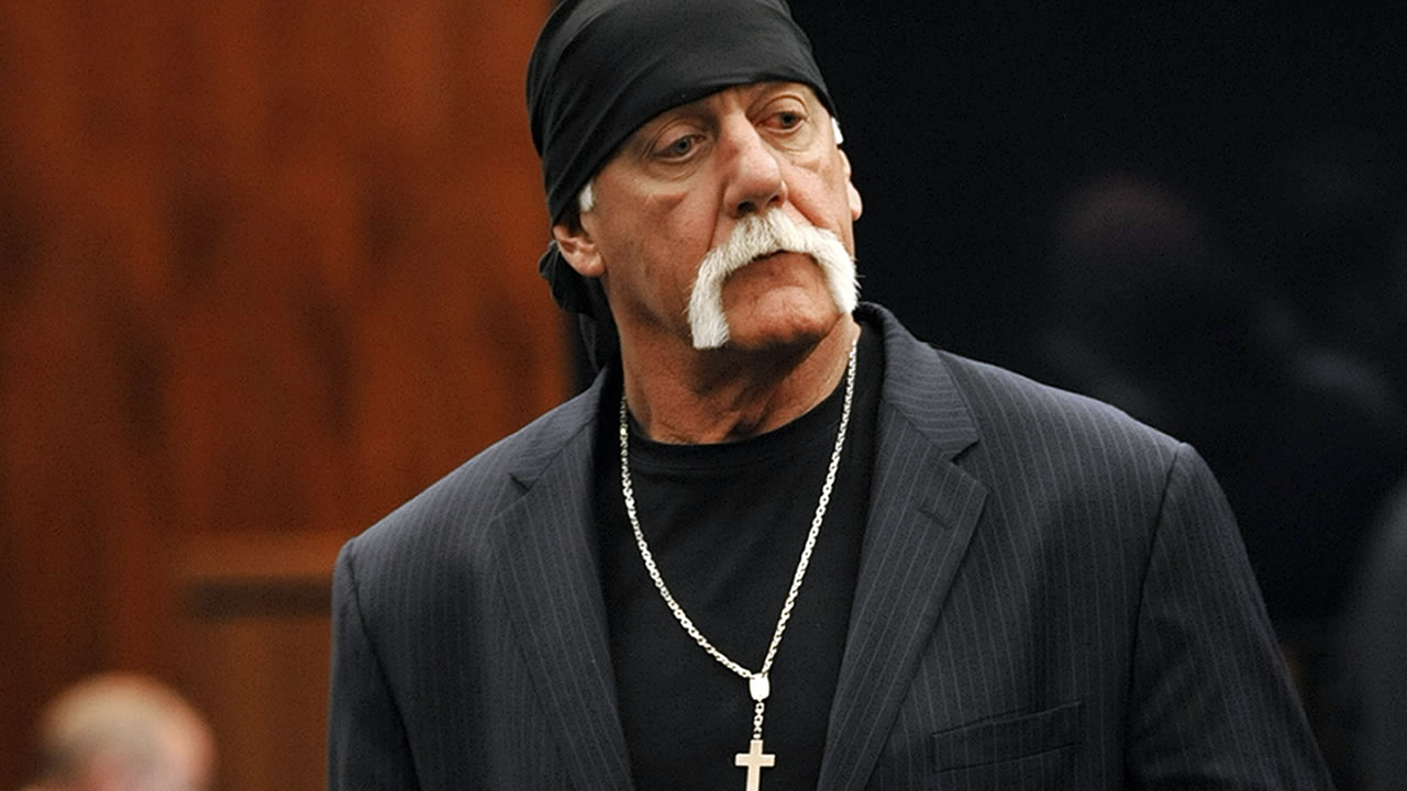 Hulk Hogan, whose given name is Terry Bollea, leaves the courtroom during a break Wednesday, March 9. 2016, in his trial against Gawker Media in St. Petersburg, Fla. (AP Photo/Steve Nesius, Pool)